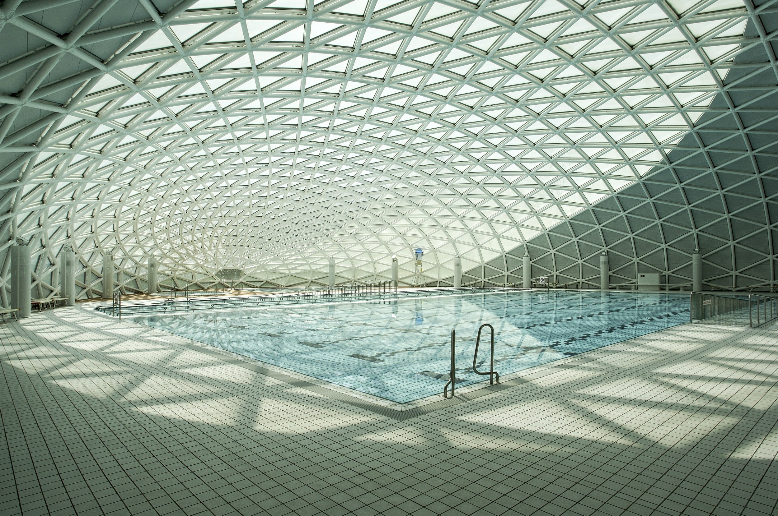 Piscina Luis Aragones Swimming Pools · A Collection Curated By Divisare
