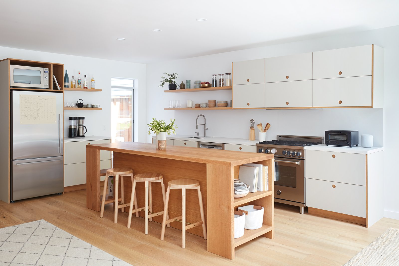 15 Lustrous Kitchens That Make Smart Use Of Laminate Cabinets Dwell