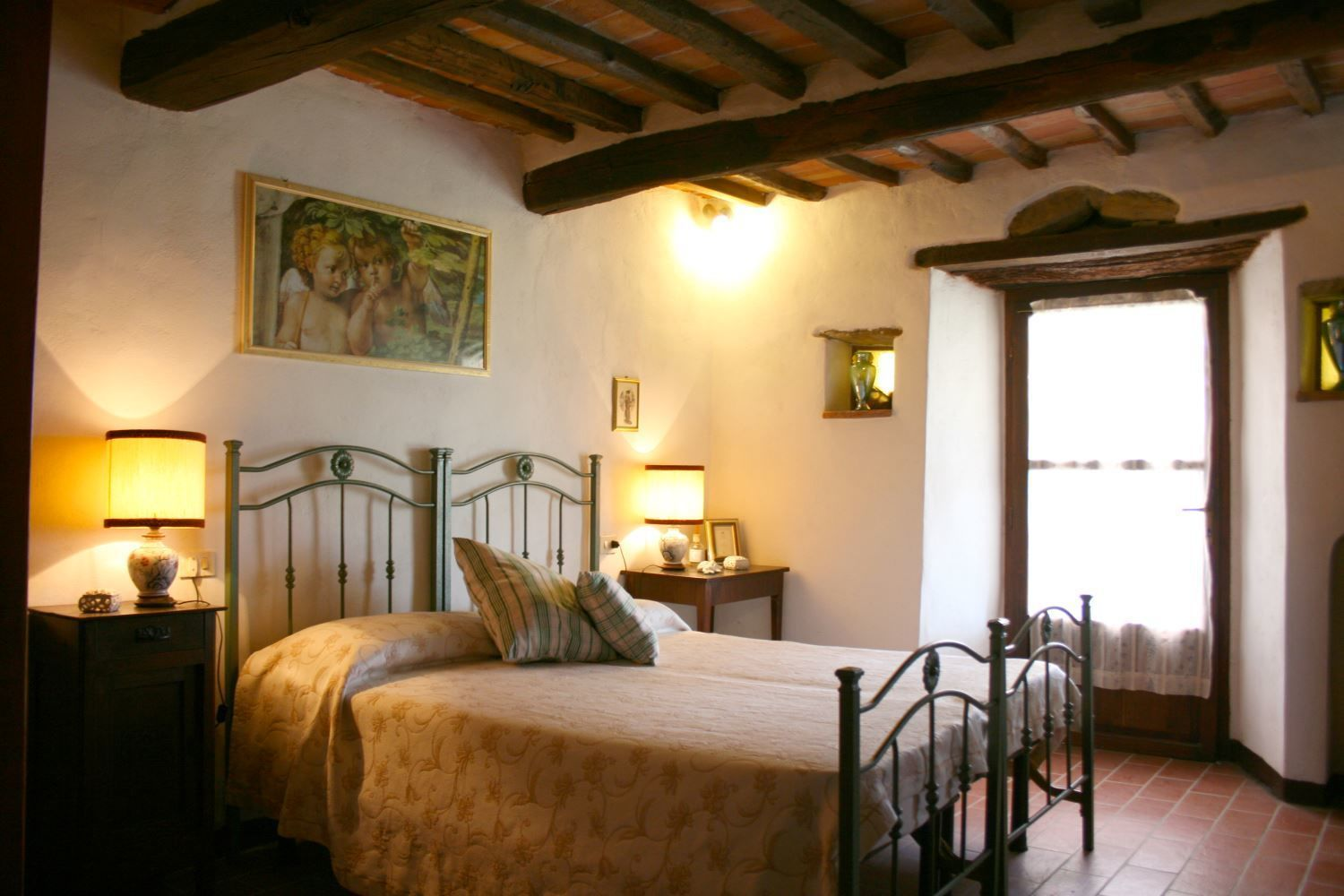 Schlafzimmer Set Alt Camucia Monsigliolo Vacation Rental San Eusebio That Sleeps 5