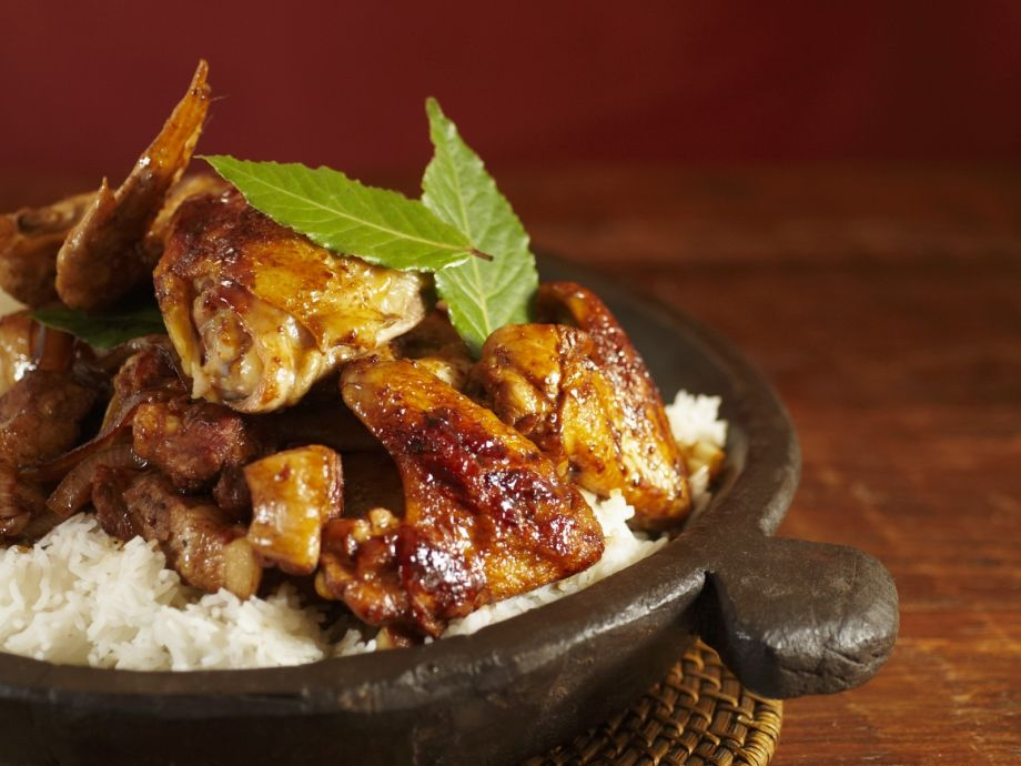 Philippinische Küche Adobo Chicken And Pork With Rice (philippine National Dish