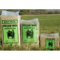 Pillow Wad Natural Pet Bedding Hay/Straw/Shavings Rabbit ...