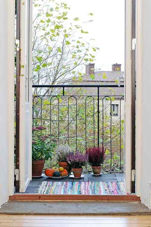 Acogedor y colorido departamento estilo y dise o for Decoracion balcon departamento