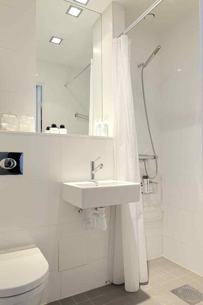 Decoraci n de monoambientes estilo escandinavo y muebles for Simple bathroom designs india