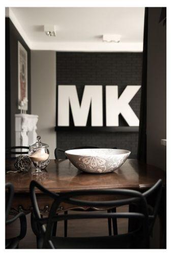 Interiores departamento en blanco y negro 6