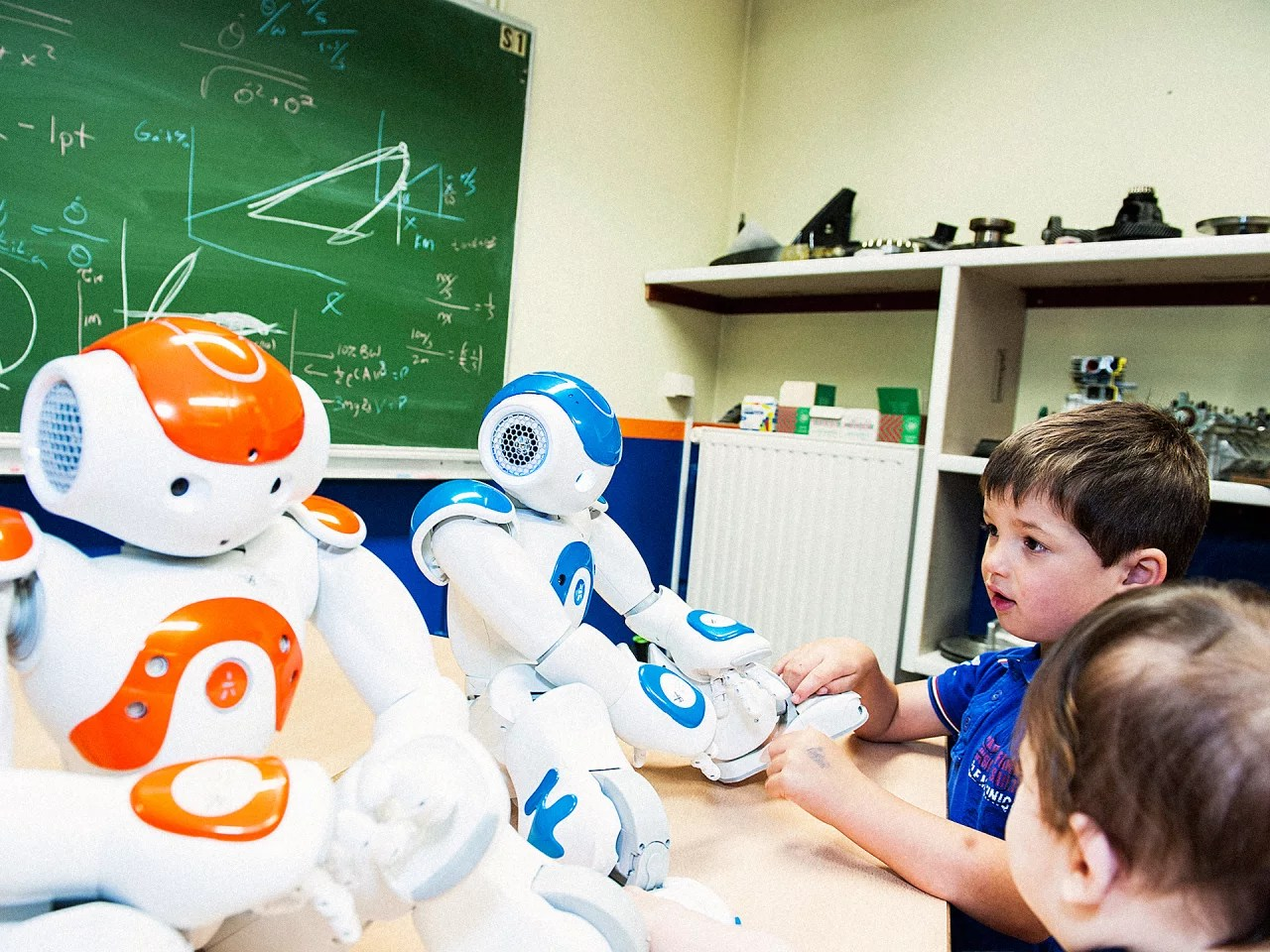 Help Kids Could Robots Help Kids Learn Second Languages Faster