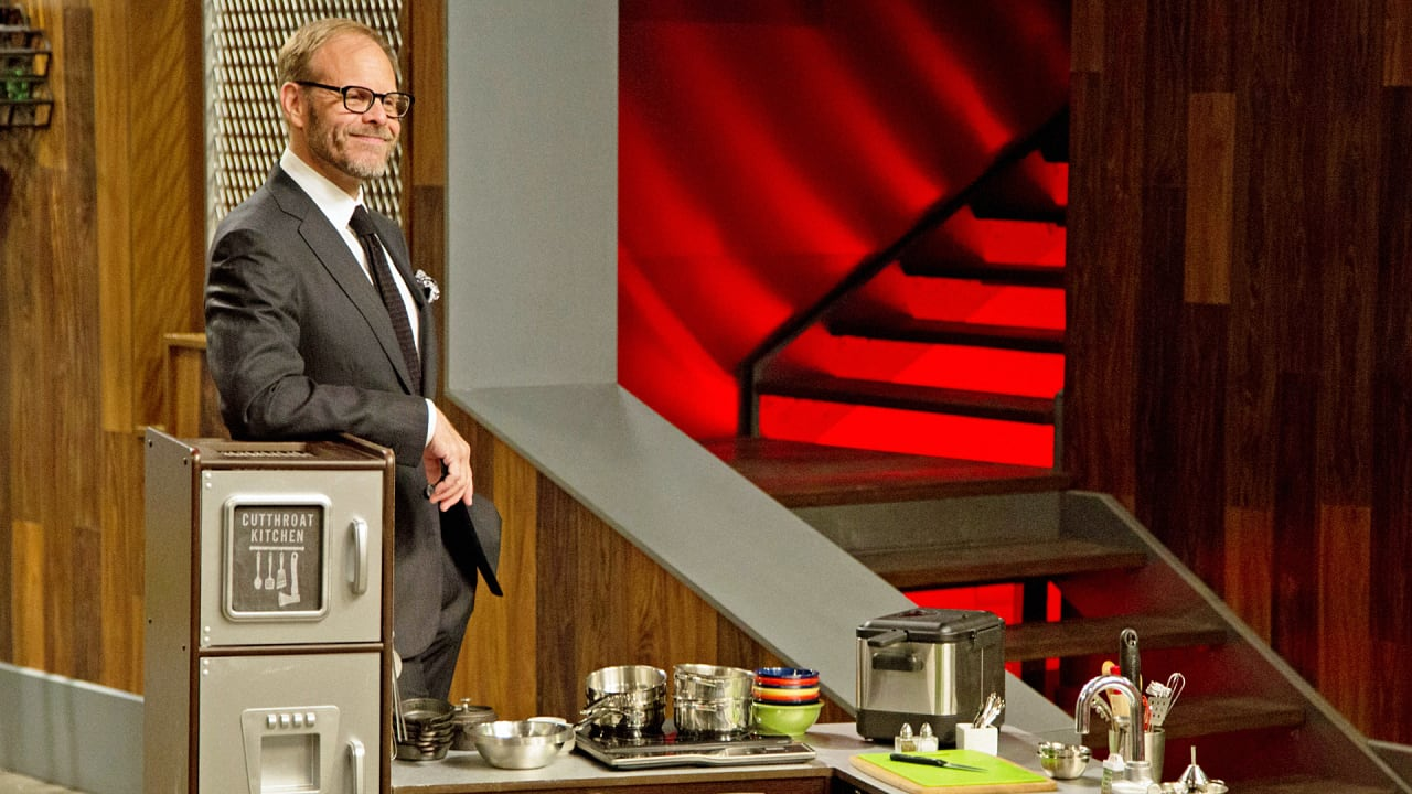 Fullsize Of Cutthroat Kitchen Host