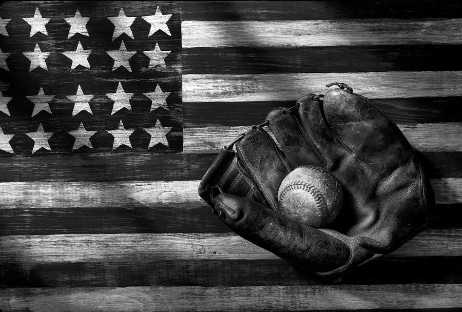 Orioles Iphone Wallpaper Folk Art American Flag And Baseball Mitt Black And White