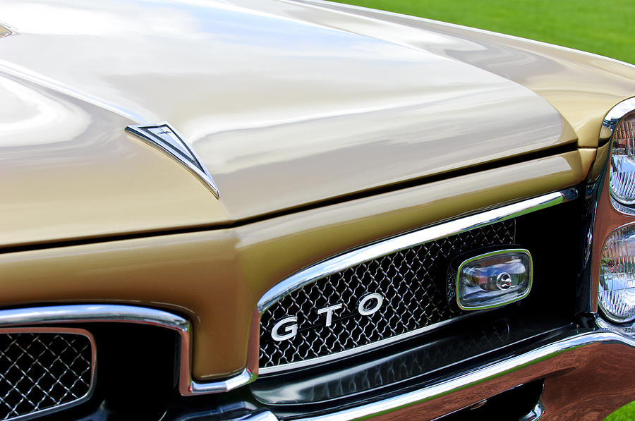 Classic Muscle Car Mobile Wallpaper 1967 Pontiac Gto Grille Emblem 2 Photograph By Jill Reger