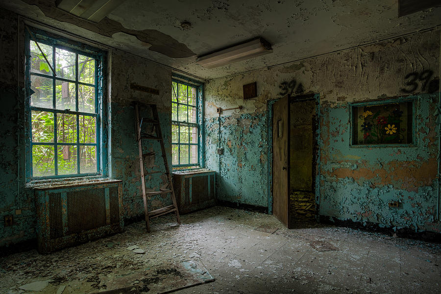 3d Wallpaper For Bedroom Walls Abandoned Places Asylum Old Windows Waiting Room