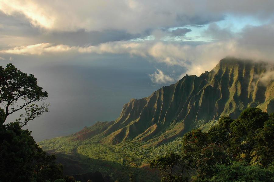 Rainbow Falls Hawaii Wallpaper Kalalau Lookout At Sunset Photograph By Stephen Vecchiotti