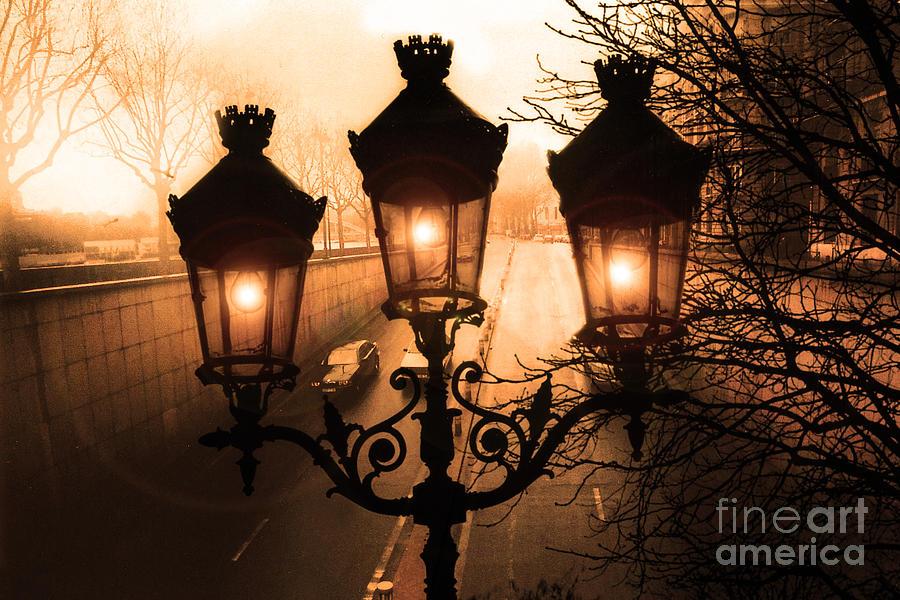 Fall Scene Wallpaper For Iphone Paris Sepia Street Lanterns Lamps Paris Sepia Autumn