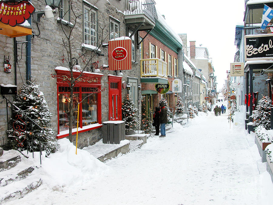 Snow Falling Wallpaper For Ipad Quebec City In Winter Photograph By Thomas R Fletcher