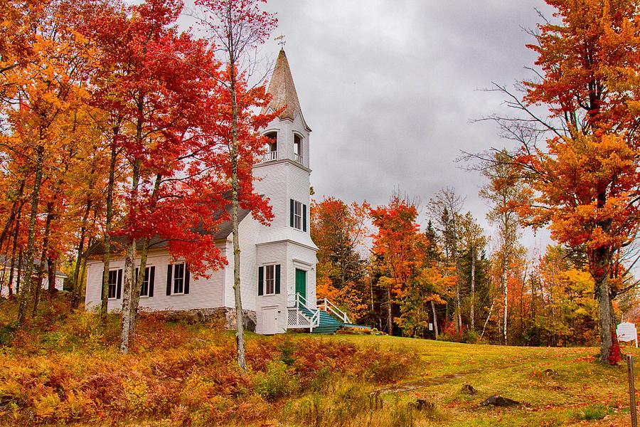 New Hampshire Fall Foliage Wallpaper White New Hampshire Church Photograph By Jeff Folger