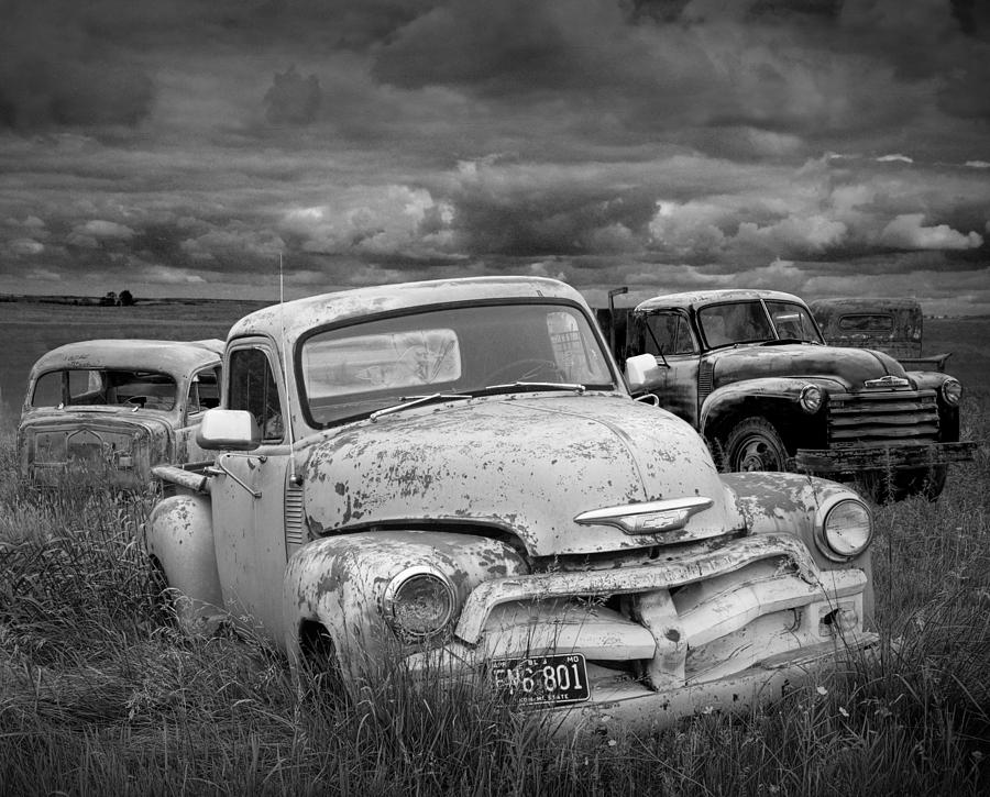 Vintage Car Wallpaper For Android Black And White Photograph Of A Junk Yard With Vintage