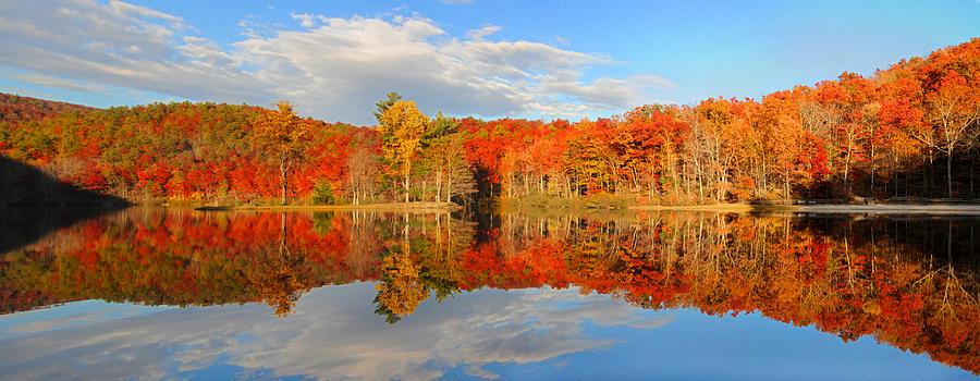 Autumn Leaf Fall Wallpaper Sherando Lake Fall Panorama Photograph By Lynn Bauer