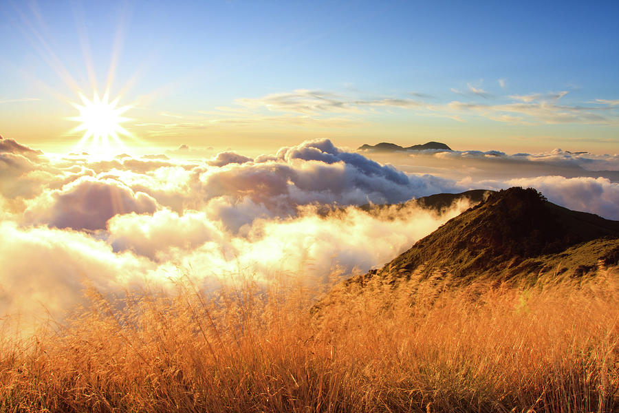 Fall Scenes For Ipad Wallpaper Sunburst Over Mountain With Clouds Photograph By Samyaoo