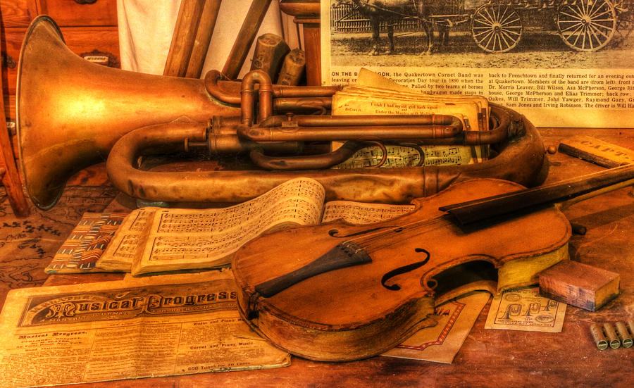 Iphone Built In Wallpapers Trumpet And Stradivarius At Rest Violin Nostalgia