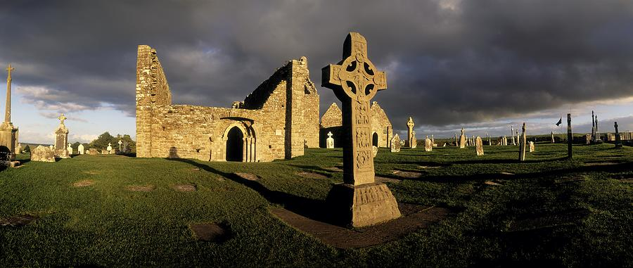 Cross Wallpaper Iphone 6 Clonmacnoise Monastery Co Offaly Photograph By The Irish