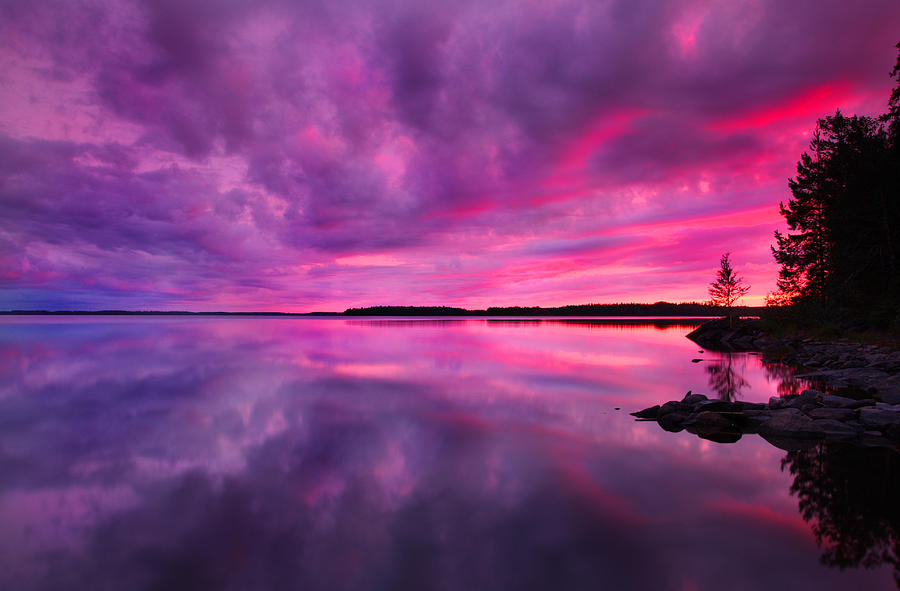 Simple Wallpapers Colors Fall Dramatic Purple Pink Sunset Over Lake In Finland