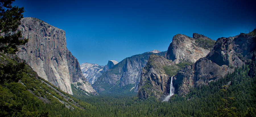 Late Fall Iphone Wallpaper Panoramic Shot Of Tunnel View In Yosemite National Park