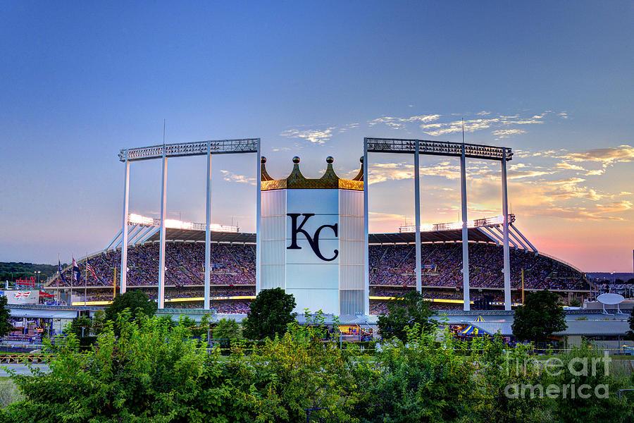 Chiefs Iphone Wallpaper Royals Kauffman Stadium Photograph By Jean Hutchison