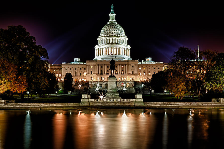 Fall Scenes For Ipad Wallpaper Us Capitol Building And Reflecting Pool At Fall Night 3