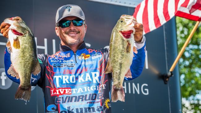 Florida\u0027s Martin leads Day One of Walmart FLW Tour on Lake Champlain
