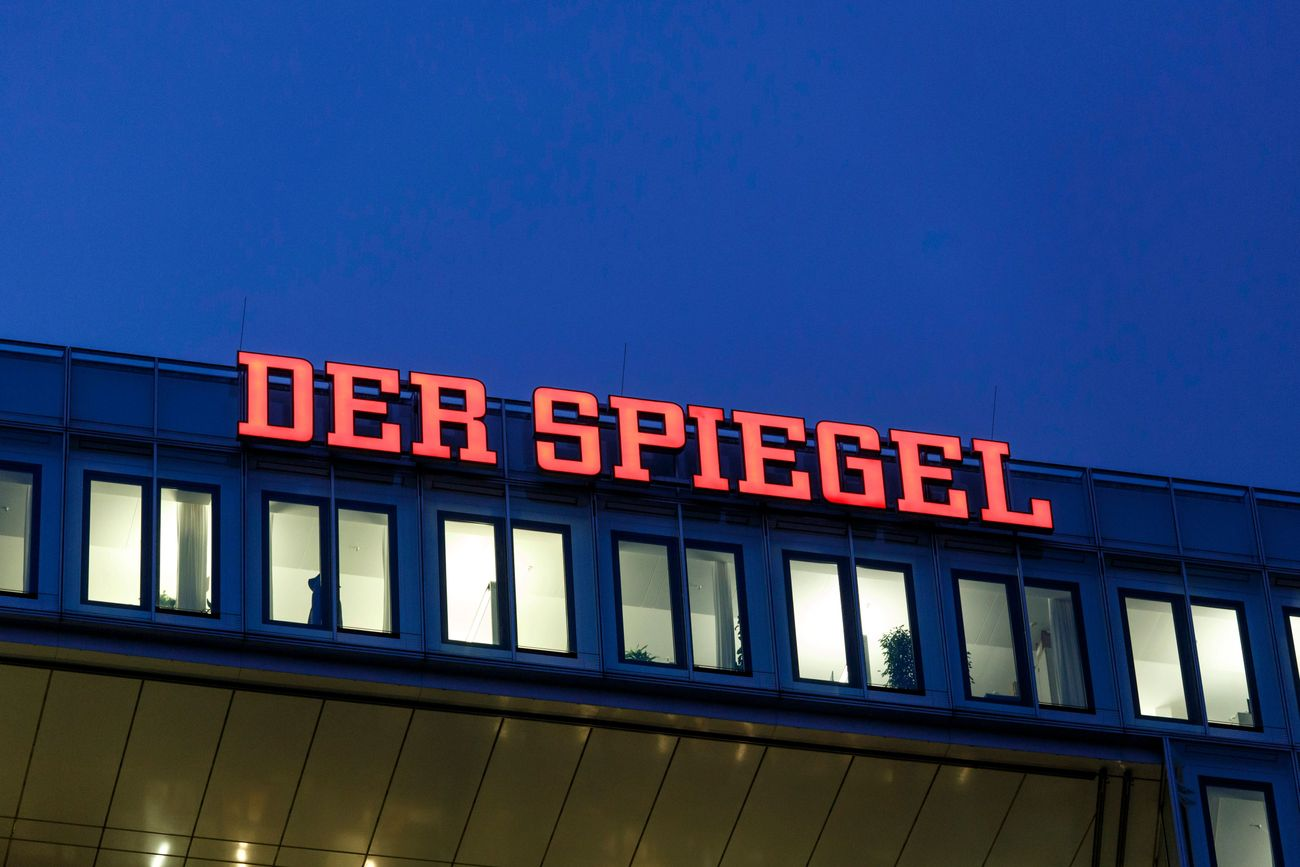 Spiegel 80 X 100 Disgraced German Reporter Fabricated Details In Nazi Resistance