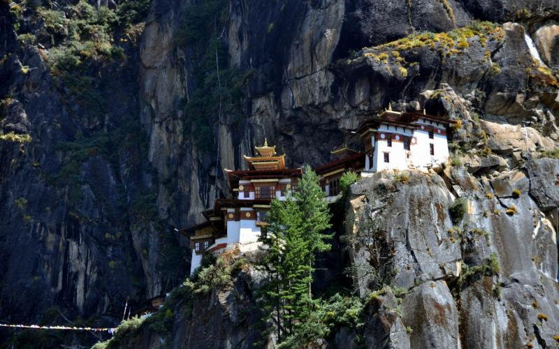 Moving Wallpapers For Girls Hd Bhutan Monastery Wallpaper Download Free 70938
