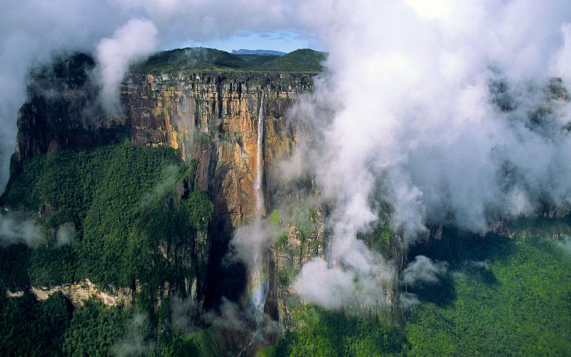 Free Animated Fall Wallpaper Hd Tall Angel Falls Venezuela Wallpaper Download Free