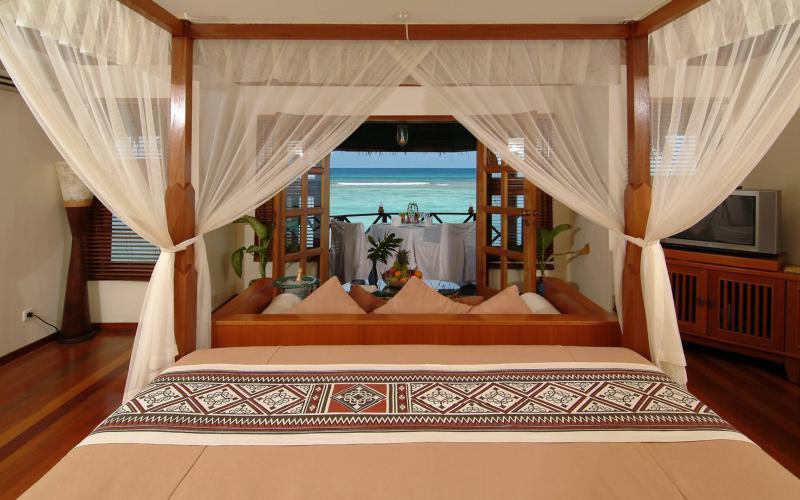 Good Night Wallpaper 3d Download Hd Kanuhura Resort Maldives Inside Of Water Bungalow