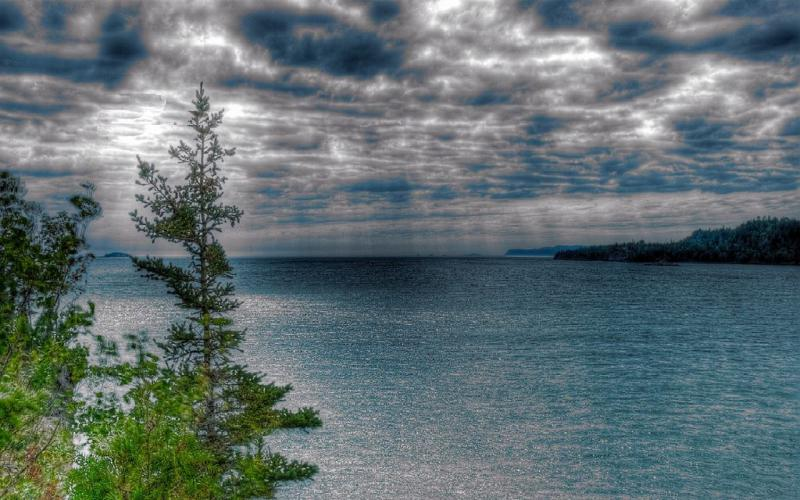 3d Wallpaper Night Sky Hd Rain Over Lake Superior Hdr Wallpaper Download Free