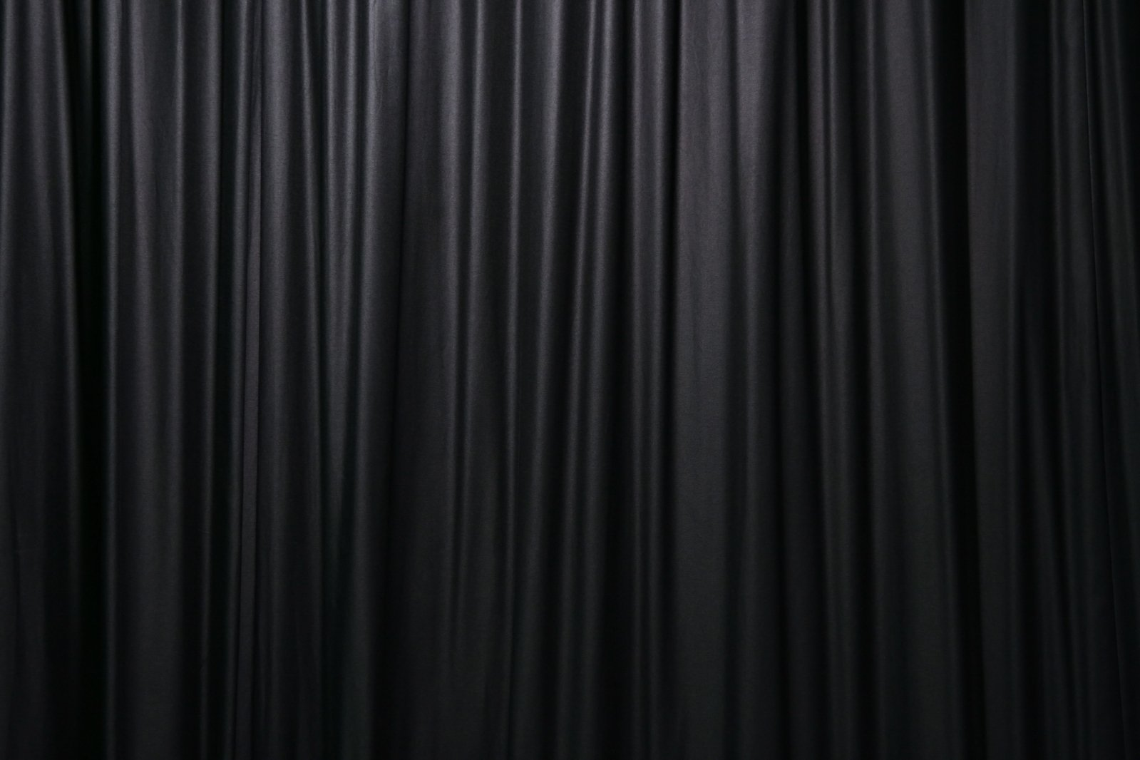 Schwarzer Vorhang Black Curtain Photos 1159588 Freeimages