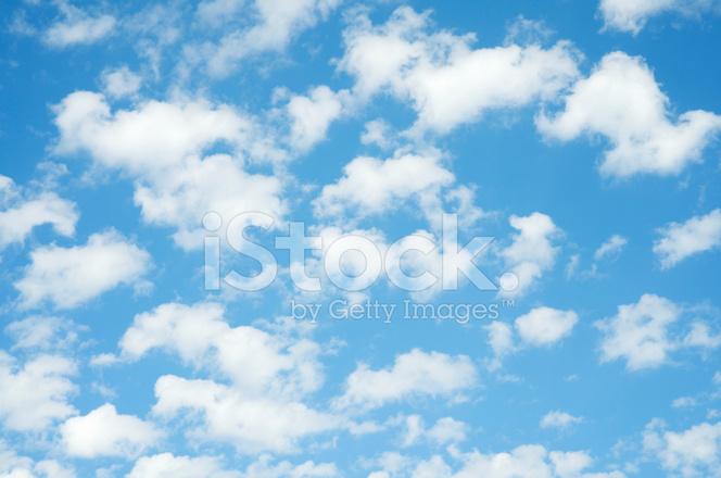 Fondo DE Cielo Azul Completo Marco Puffy Nubes Blancas Fotografías - fondo nubes