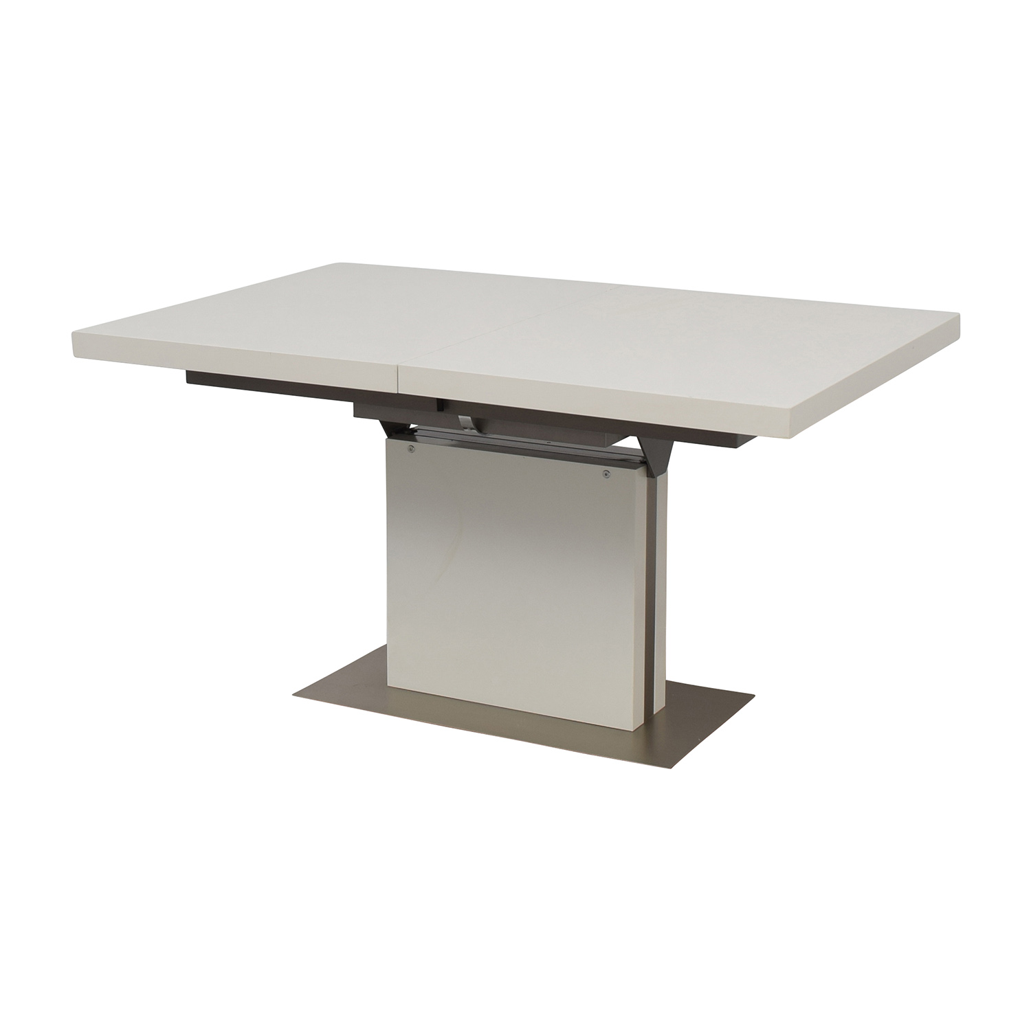 Buy Dining Table 85 Off Boconcept Boconcept Extendable Dining Table Tables