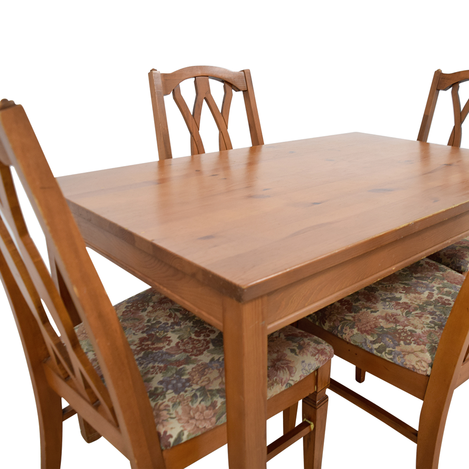 Second Hand Wood Sala Set 83 Off Wood Kitchen Table And Floral Upholstered Chairs