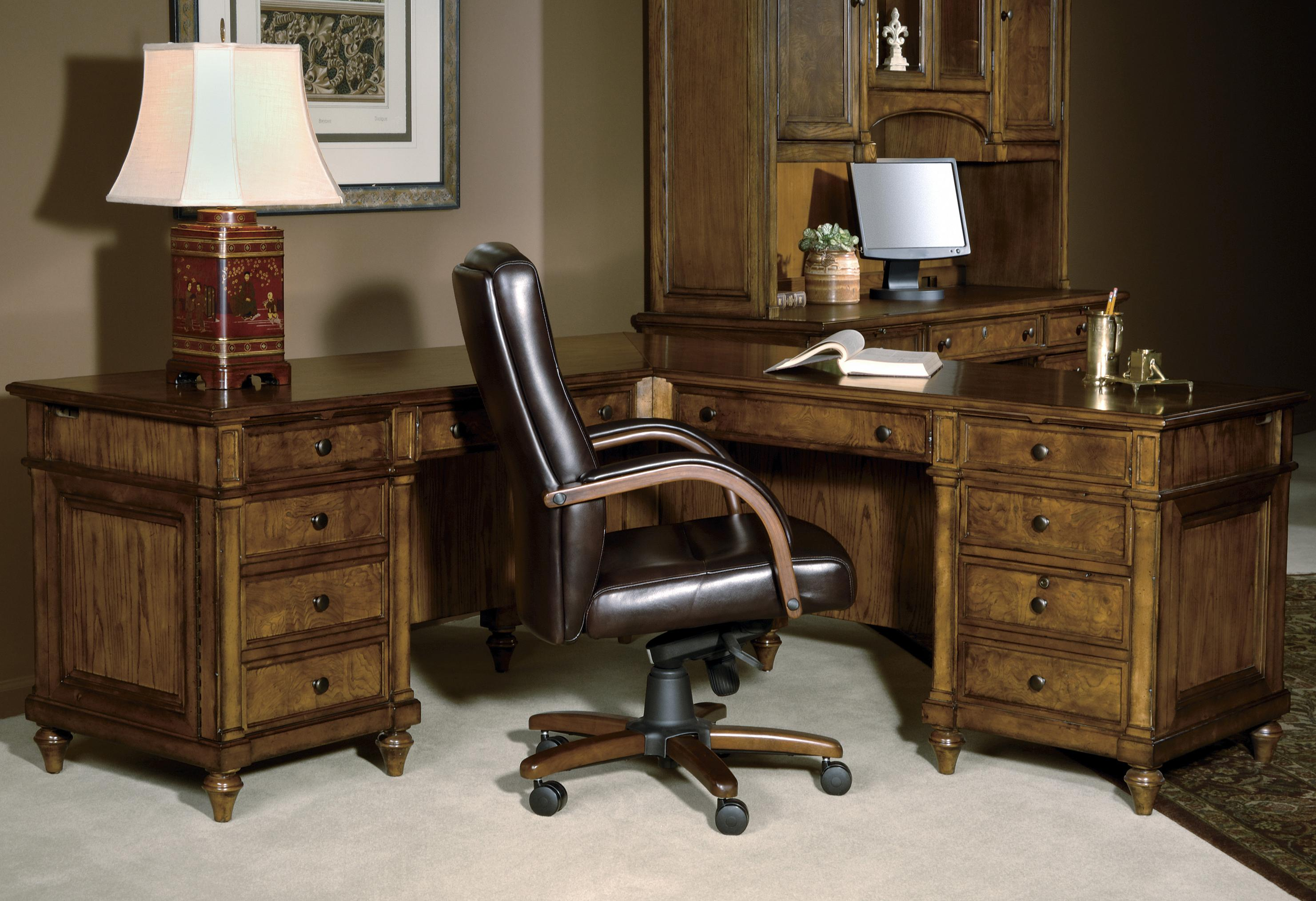 Executive L Shaped Desk 7 9000 Executive L Desk By Hekman At Olinde S Furniture