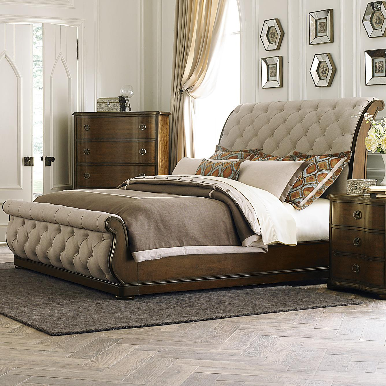 Beds And Beds Cotswold Transitional Upholstered King Sleigh Bed By Liberty Furniture At Royal Furniture