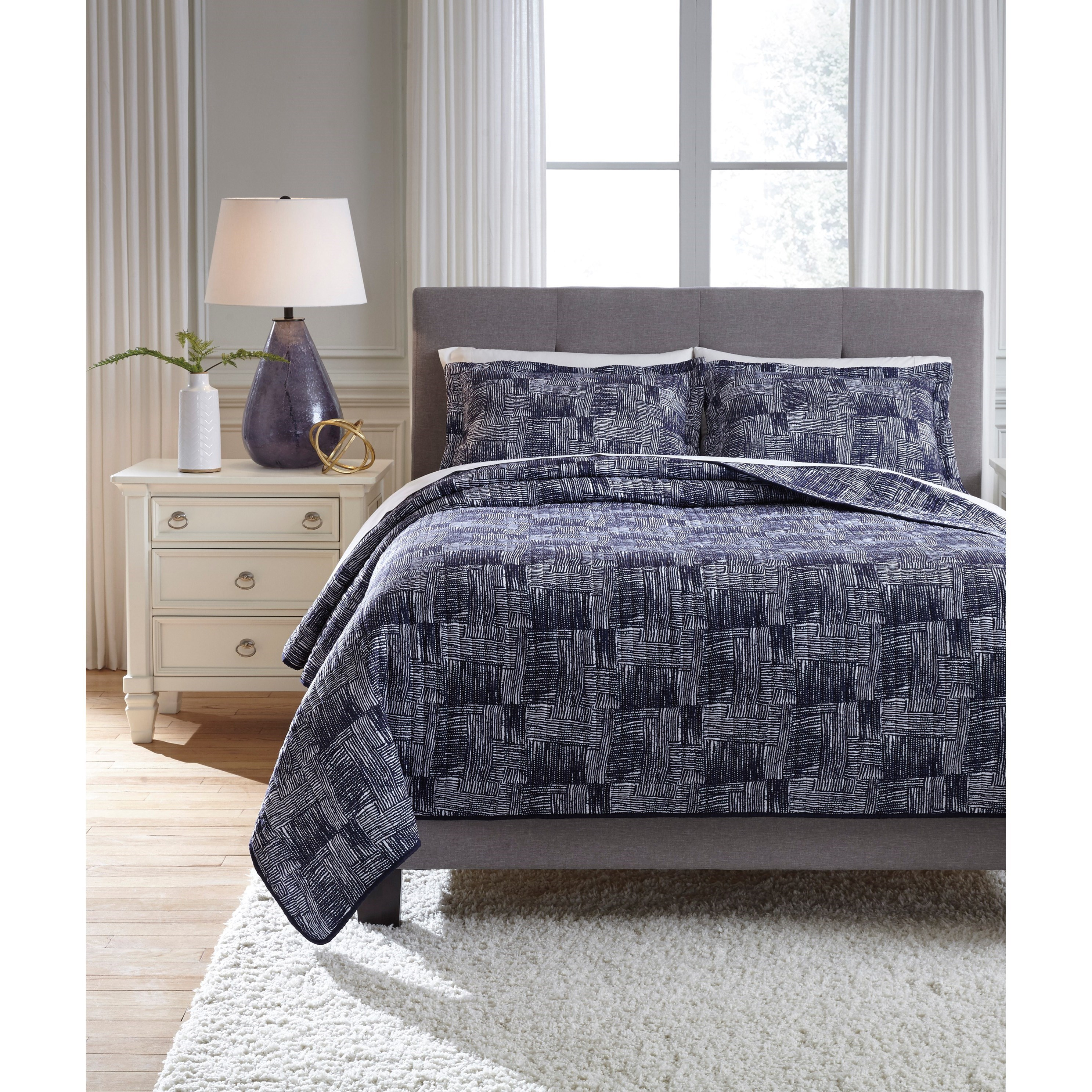Quilt Sets Bedding Sets King Jabesh Navy Quilt Set By Styleline At Efo Furniture Outlet