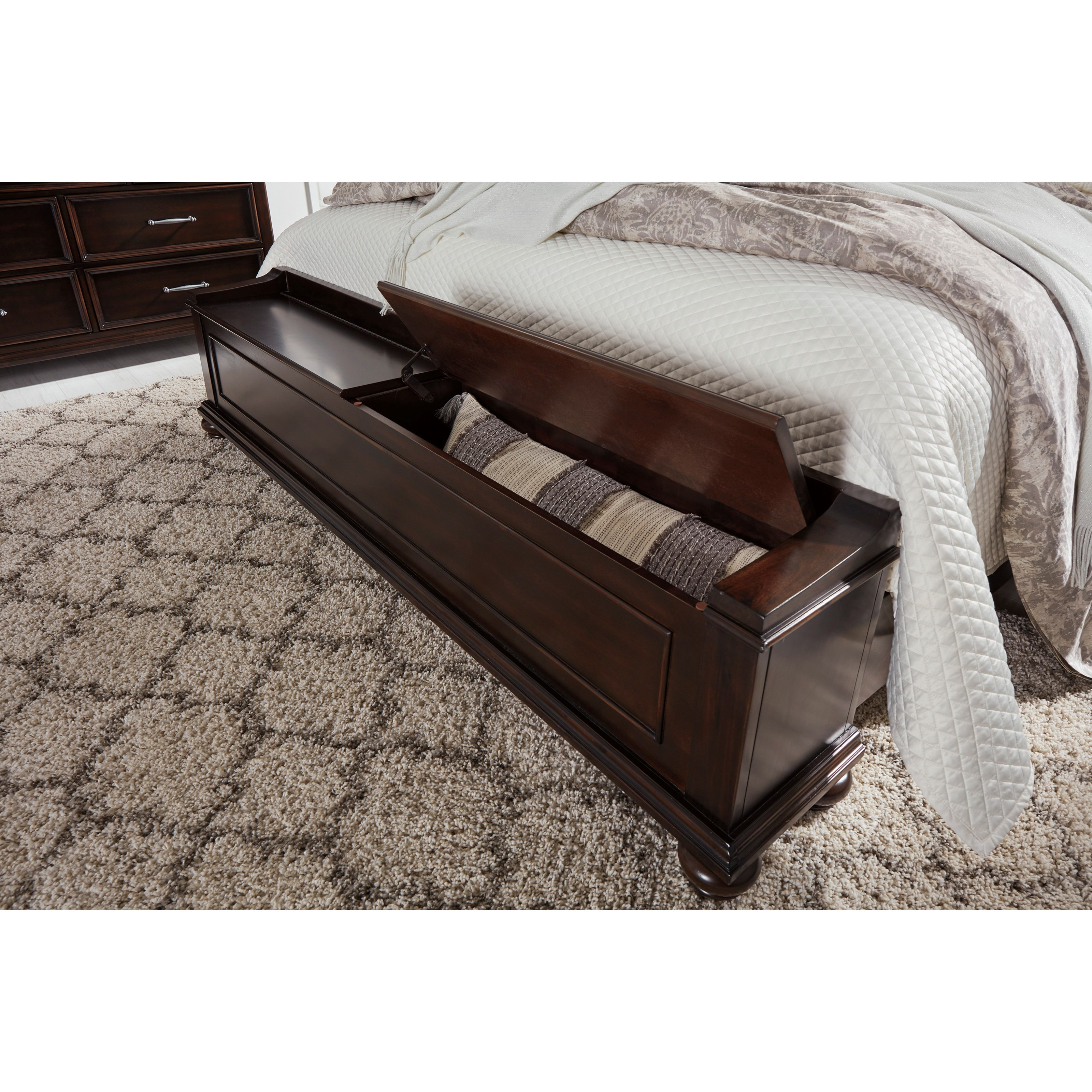 Bedroom Bench King Bed Brynhurst Traditional King Panel Bed With Storage Bench