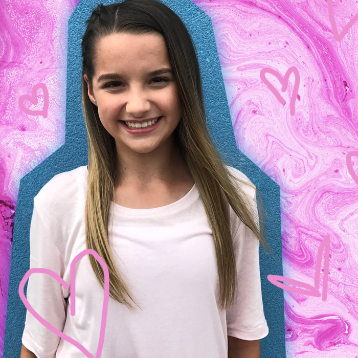 Two Girls Wallpaper Youtube Star Annie Leblanc Shares Her Worst On Stage
