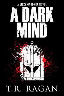 Read Books A Dark Mind (Lizzy Gardner #3) Online