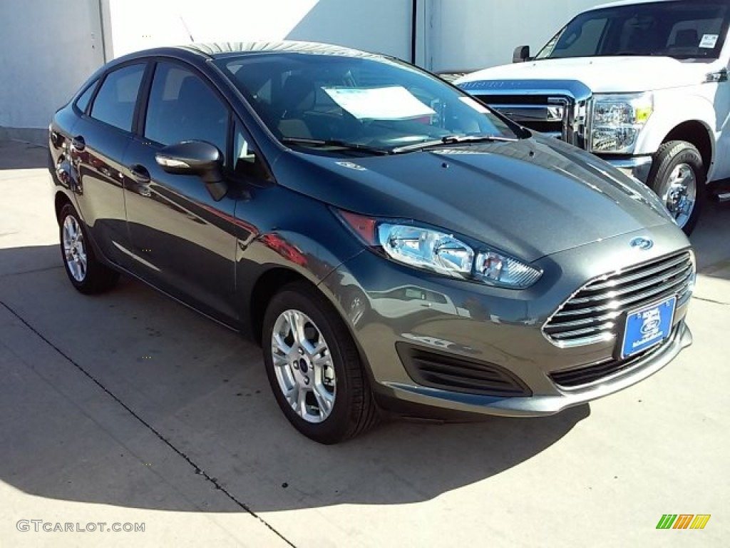 Ford Fiesta Magnetic 2016 Magnetic Metallic Ford Fiesta Se Sedan 110115512
