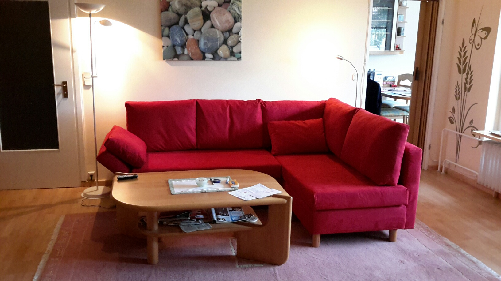 Rotes Sofa Welche Wandfarbe Rote Couch Wohnzimmer Passende Wandfarbe Vitaplaza Info