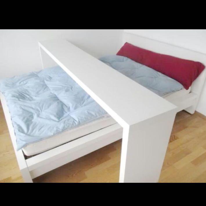 Anime Schlafzimmer  Wo Gibts E Noch Solche Tische M246;bel Ikea