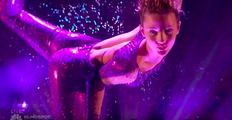 Friends Boy And Girl Wallpaper 14 Year Old Contortionist Sofie Dossi Absolutely Killed It