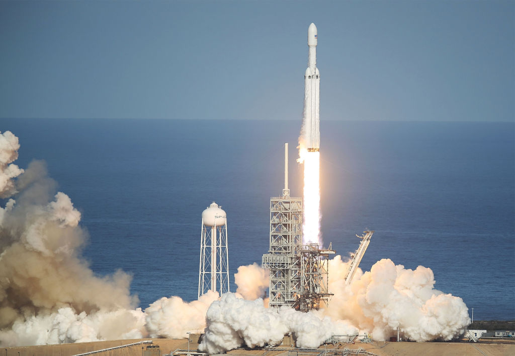 Elon Musk Car In Spac Wallpaper Elon Musk On Why Spacex S Falcon Heavy Rocket Booster Didn