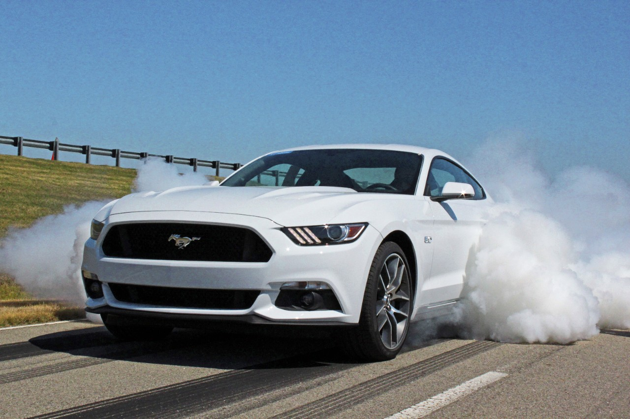2015 Mustang Gt Pictures New 2015 Ford Mustang Specs Ecoboost Gets 310 Hp Weighs 3 532