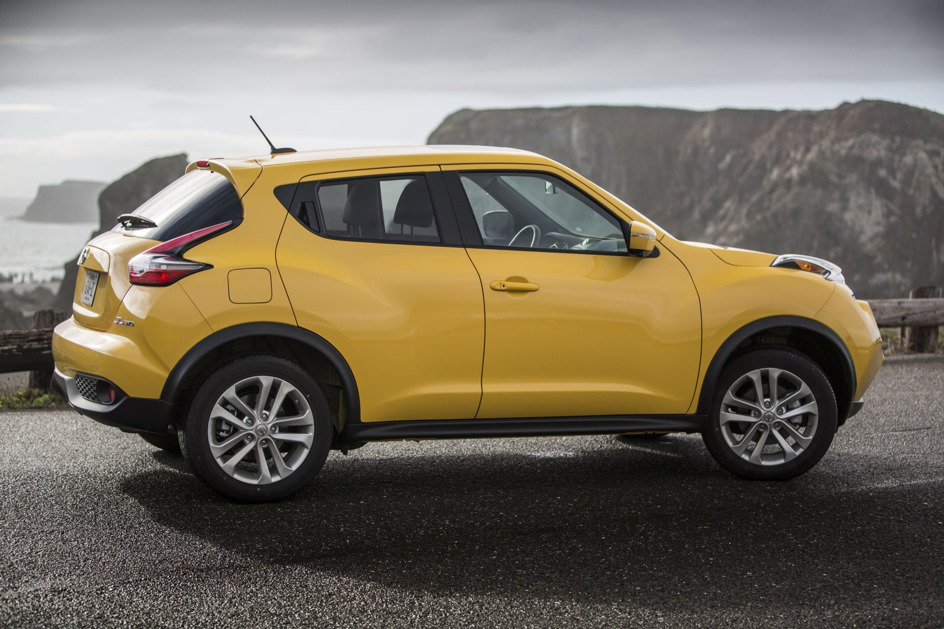 Acura Car Wallpaper 2015 Nissan Juke Quality Review The Car Connection