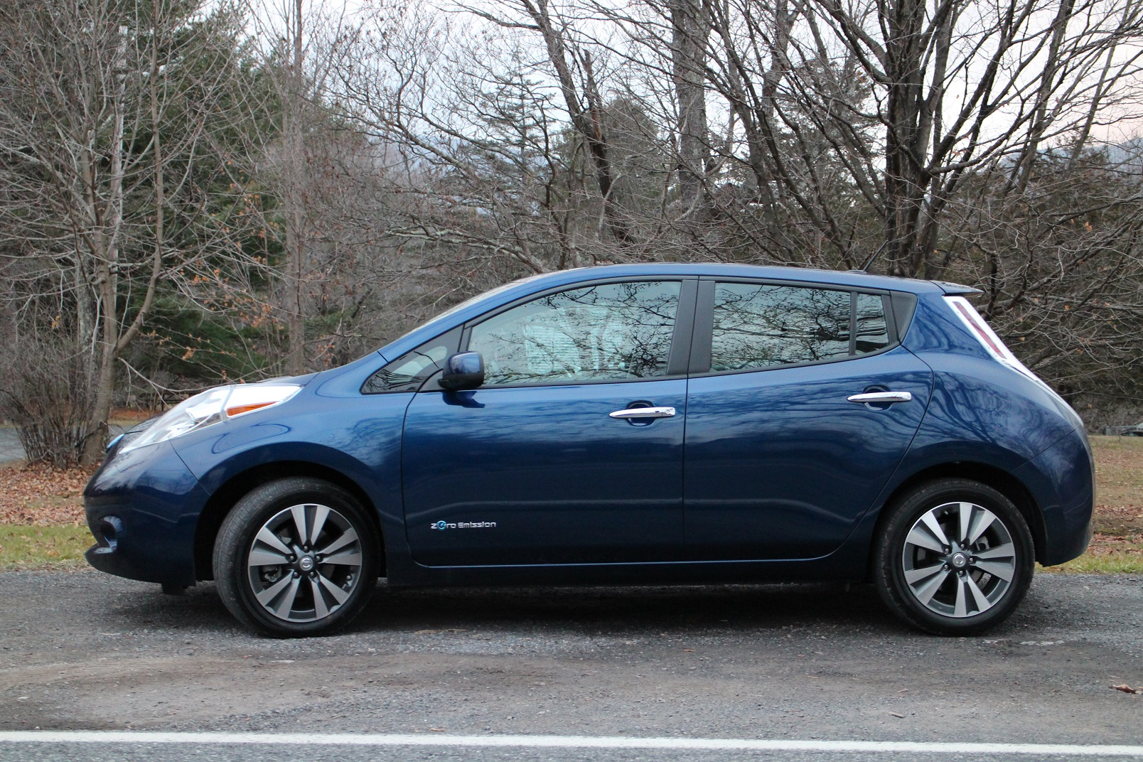 Nissan Leaf 2016 2016 Nissan Leaf Group Buy In Montreal Signs Up 2 800 For